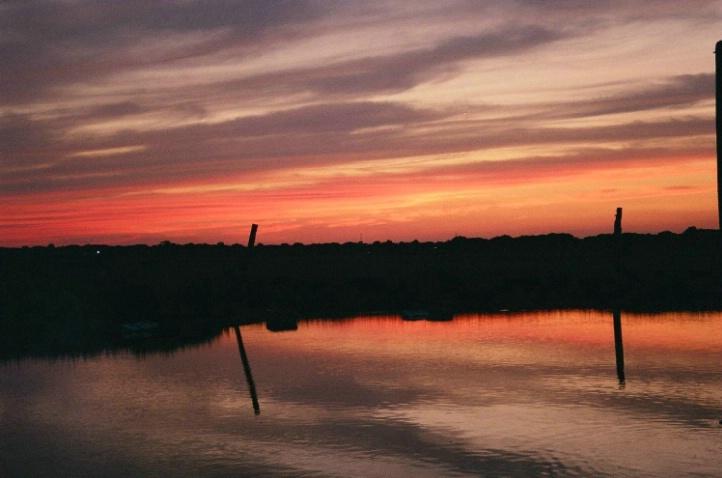 Reflective Sunset - ID: 3519039 © Wayne R. Wright