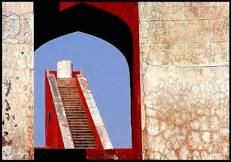Stairs thru' Arch