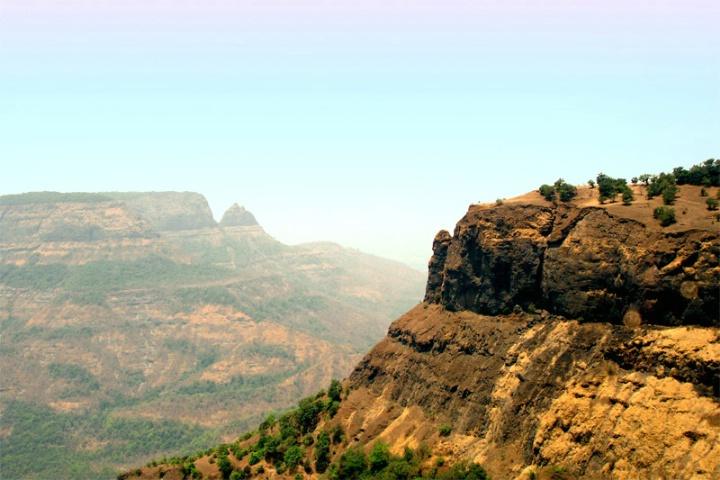 Matheran Beautiful Mountains..