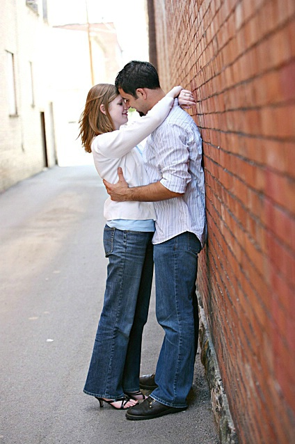 Love in the alley