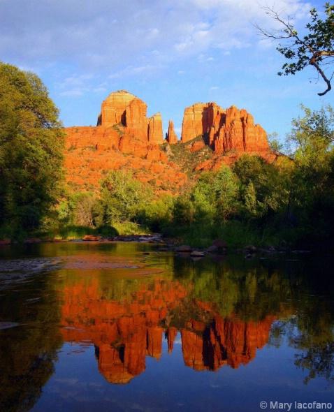Cathedral Rock  3645 - ID: 3854362 © Mary Iacofano