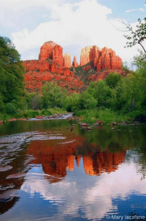 Cathedral Rock  3525 - ID: 3854370 © Mary Iacofano
