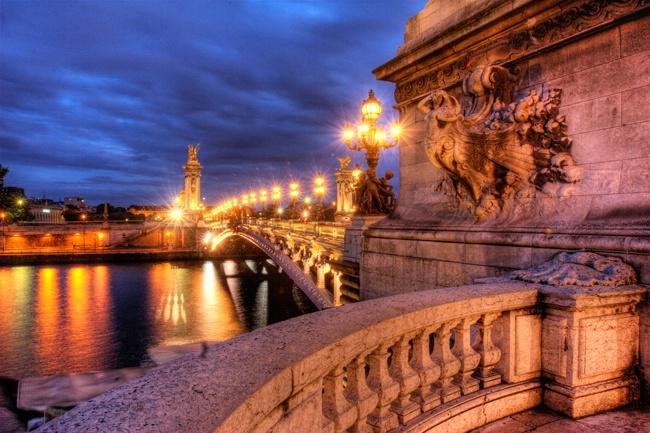 My favorite bridge in Paris....