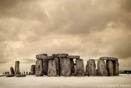 Stonehenge (IR)