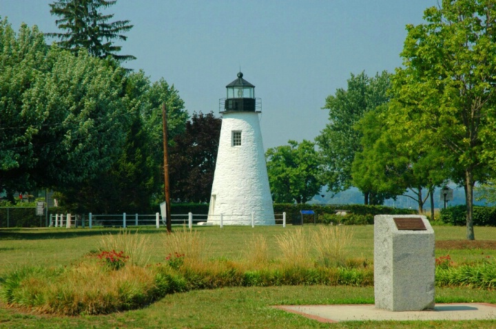 Concord Point Lighthouse - ID: 4546670 © Susan Cohen