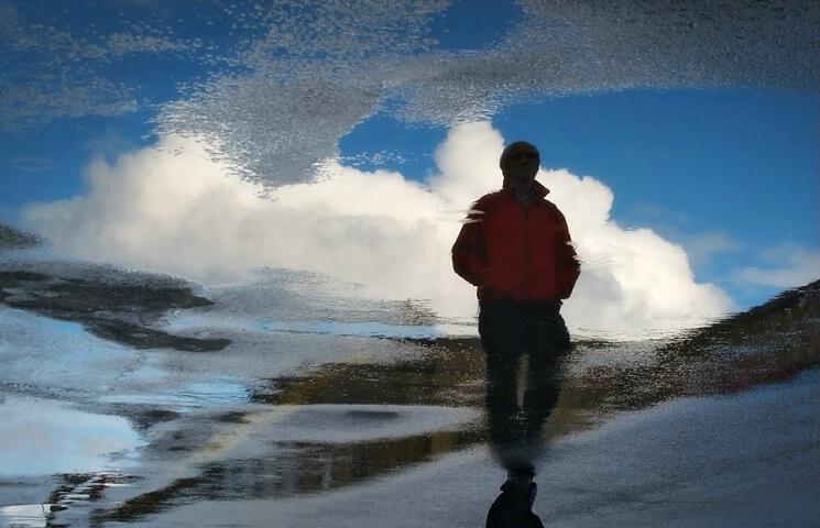 Walking on cloud 9