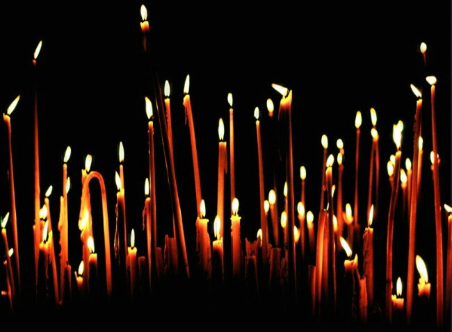 Prayer Candles - ID: 5184729 © John T. Sakai