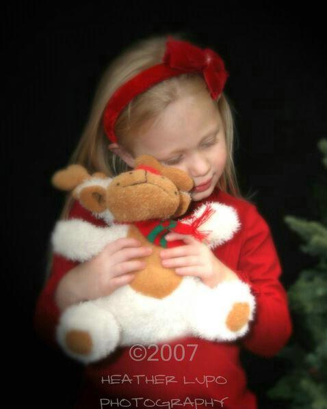 siruchekchristmas036b - ID: 5237214 © Heather E. Lupo