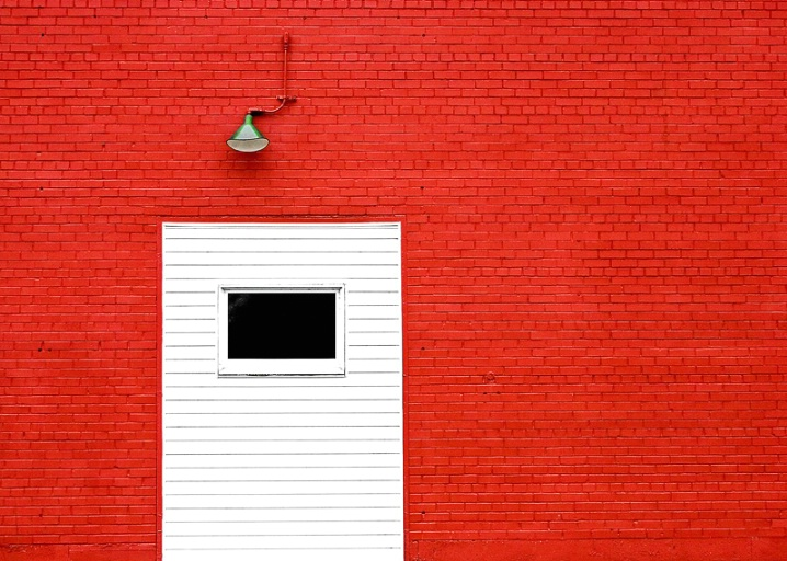 Red, Red Wall
