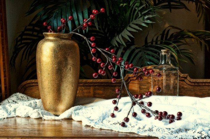 Gold Vase with Berries