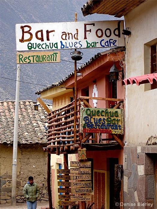 Peruvian Blues Bar - ID: 5427788 © Denise Bierley