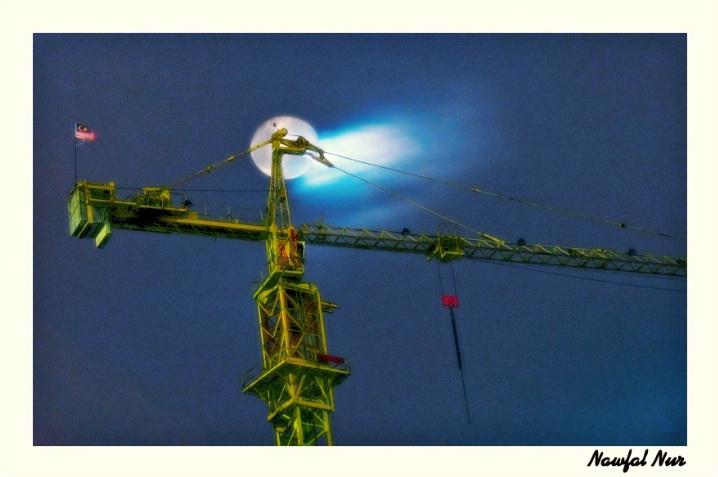 Moon & Tower Crane, v.2, Edit E