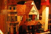 Enclosed Dollhouse