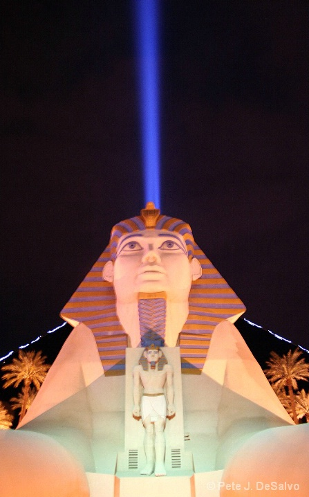 THE LUXOR HOTEL & CASINO - ID: 5663945 © Pete J. DeSalvo