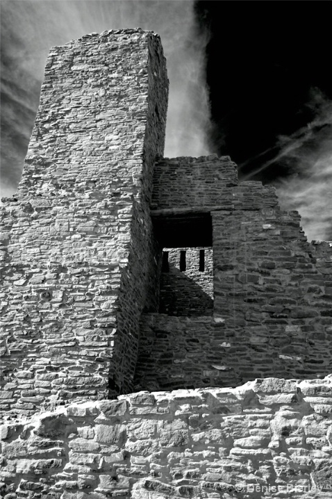 Quari Ruins - ID: 6034475 © Denise Bierley