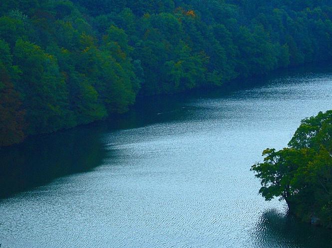 Calm River - ID: 6040562 © STEVEN B. GRUEBER