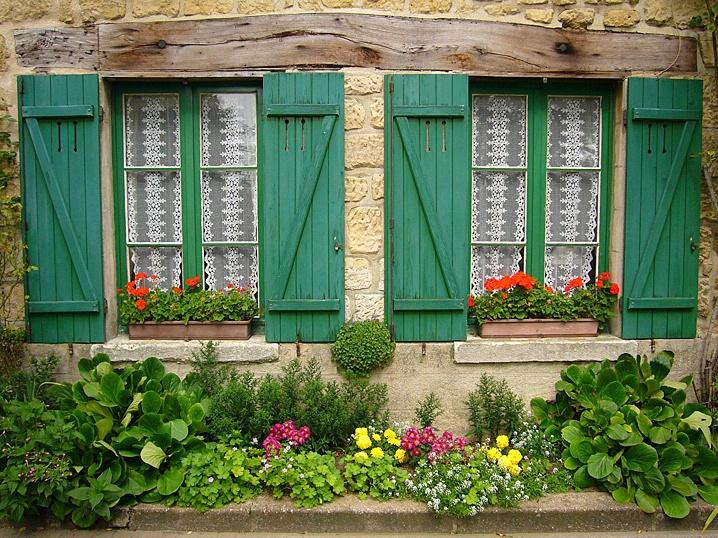 Flowered Windows - ID: 6042690 © STEVEN B. GRUEBER