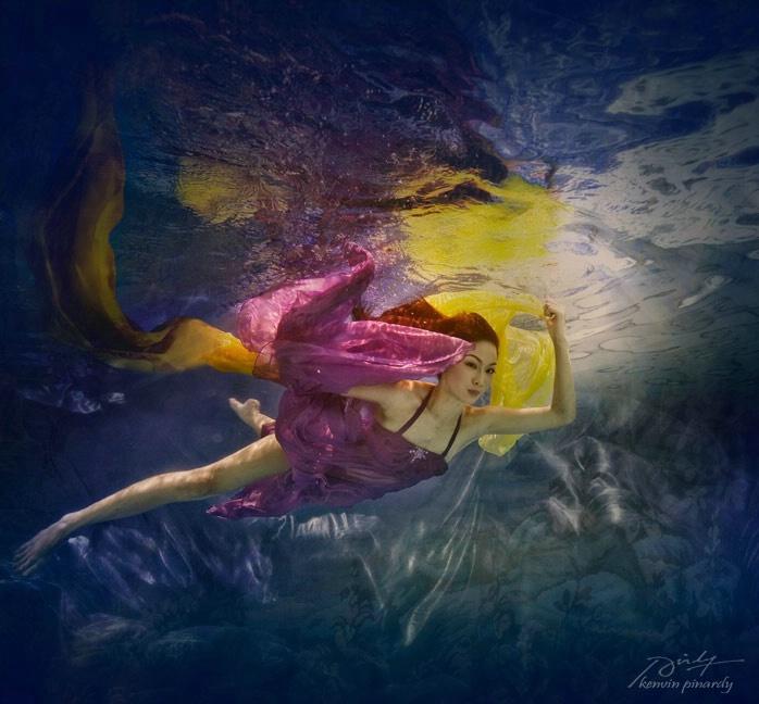 dancing underwater #3