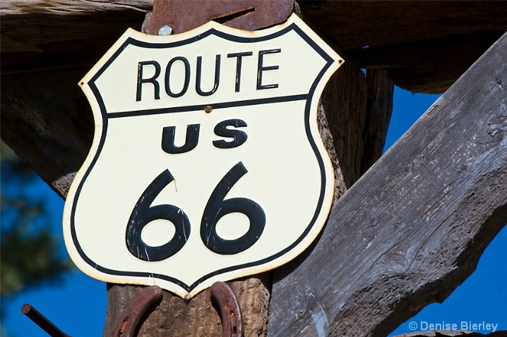 Route 66.  The Mother Road - ID: 6304910 © Denise Bierley