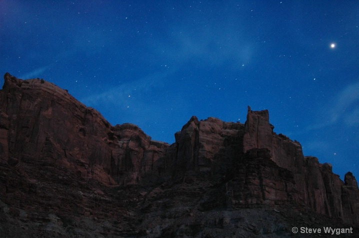 Stars over the green river
