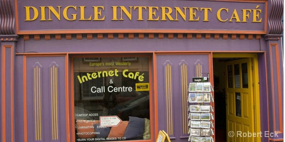 dingle-internet-cafe - ID: 6508221 © Robert A. Eck