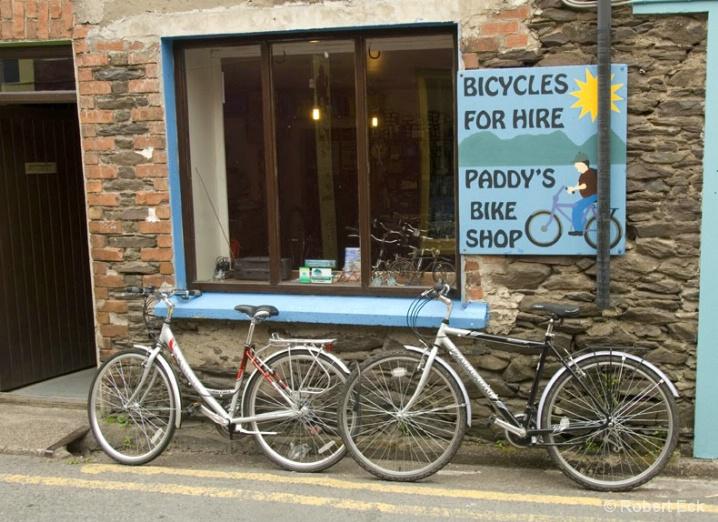 paddy_s-bike-shop - ID: 6508226 © Robert A. Eck