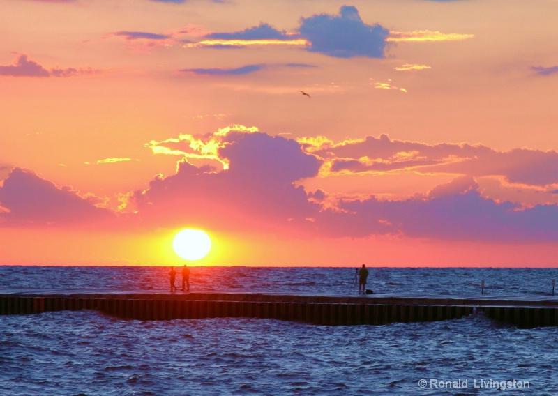 Sunset Stroll - ID: 6715726 © Ron Livingston