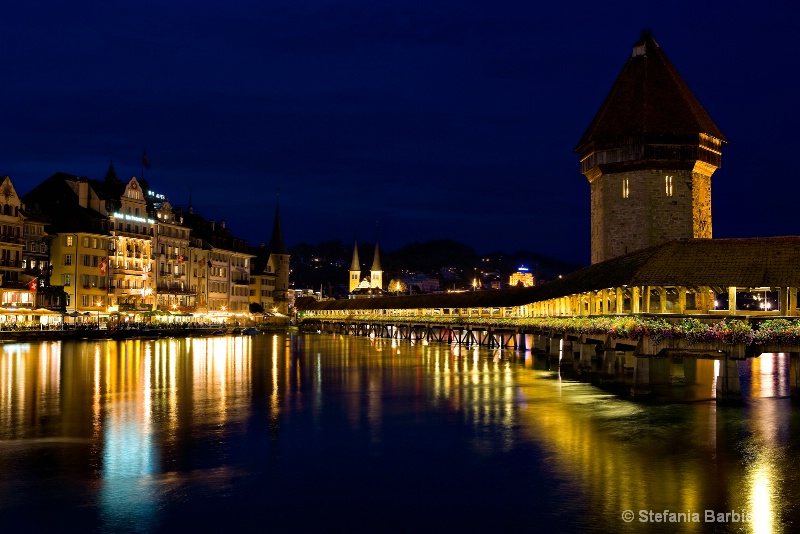 Luzern at twilight  - ID: 6728324 © Stefania Barbier