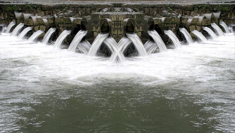 The Waterflow Symmetry