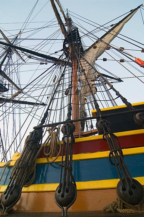 Lady Washington rigging
