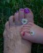 Polka-dot toes