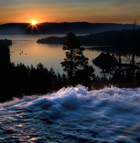 sunrise at emerald bay - ID: 6876714 © Paul Knupp