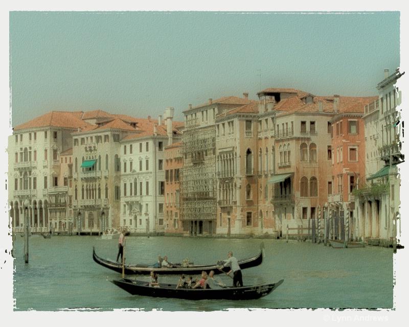 Venetian Highway - ID: 7085337 © Lynn Andrews