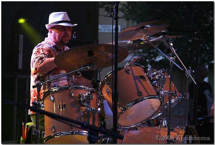 Hammer @ Parrotfest - Syracuse NY-08 - ID: 7089797 © Ken Sikkema