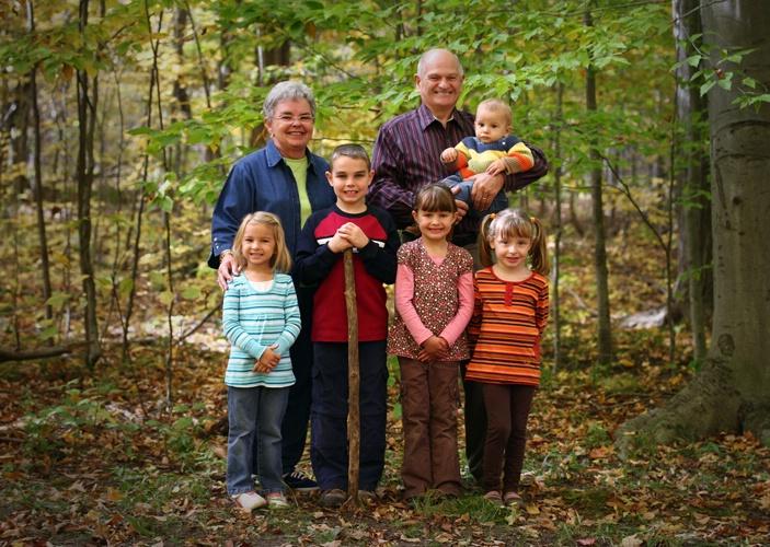 Grands & Kids - ID: 7159498 © Ken Sikkema