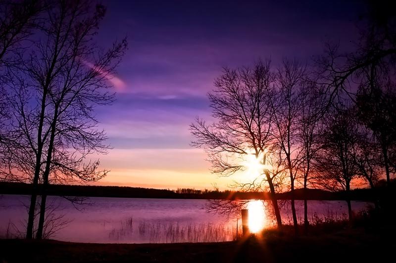 Sunset on Sunday Lake