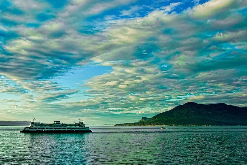 <b>Anacortes Ferry at Dusk</b>