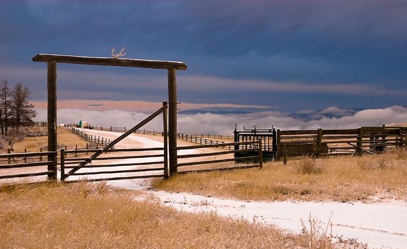 """""""Heaven's Gate"""" - ID: 7757580 © Kelly Pape"""