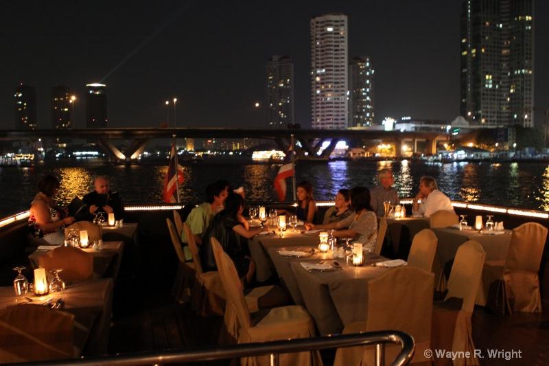 dinner cruise - ID: 7874988 © Wayne R. Wright