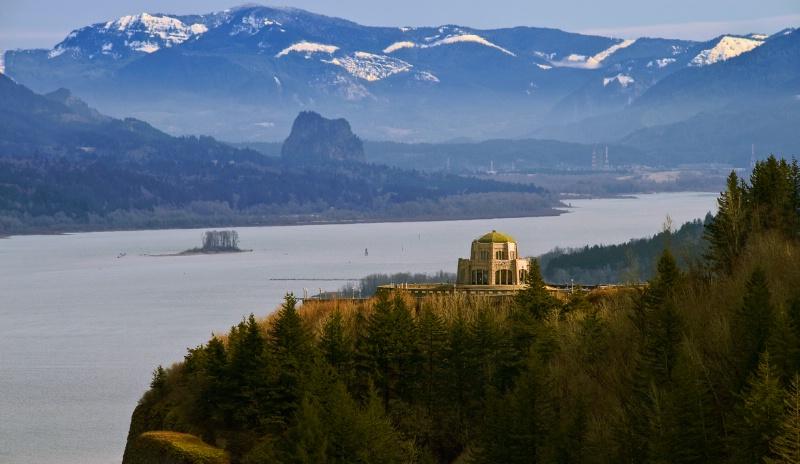 vista house in winter
