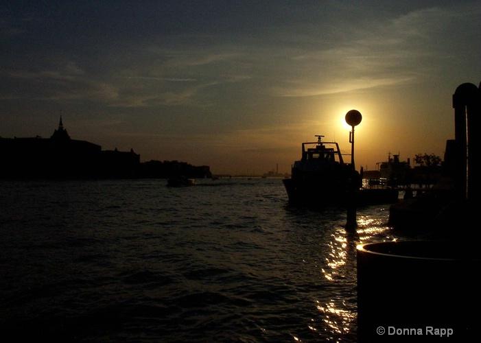 venice sunset - ID: 8001771 © Donna Rapp
