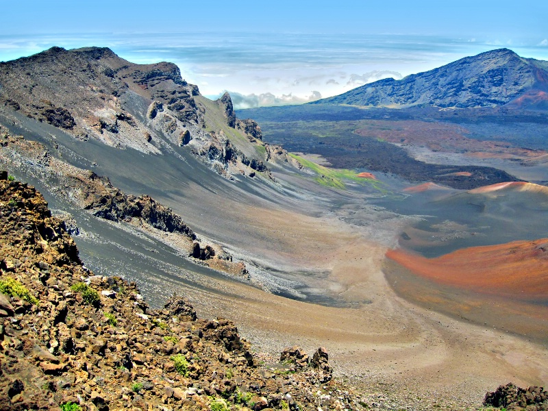 Volcano's Spillway - ID: 8021371 © Clyde P. Smith