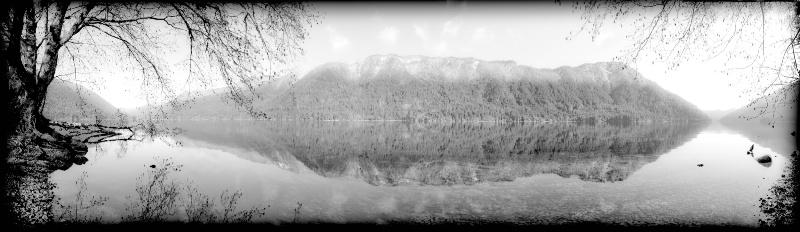 Lake Cresents calm - ID: 8098404 © Stuart May