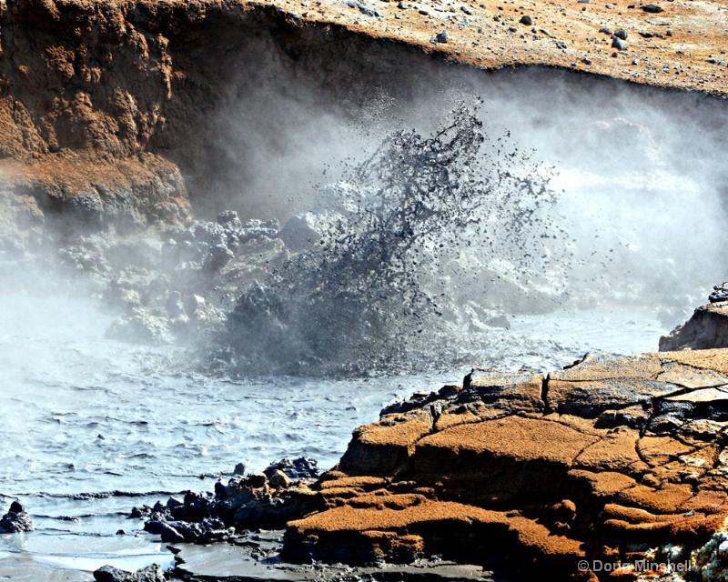 Eruption of Mud - ID: 8409730 © Douglas R. Minshell