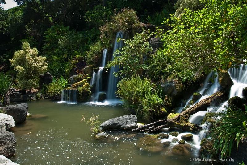 Arboretum Waterfall 2