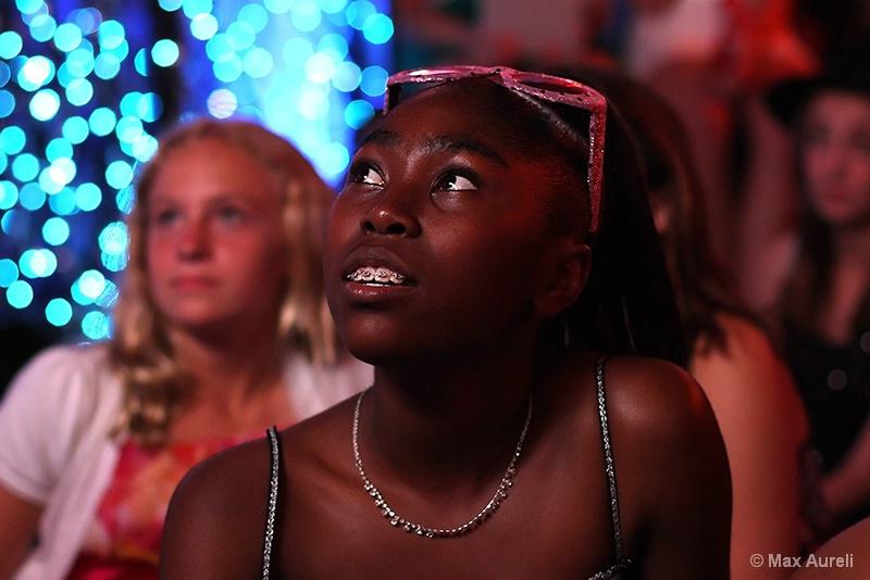 Watching her friend's slideshow