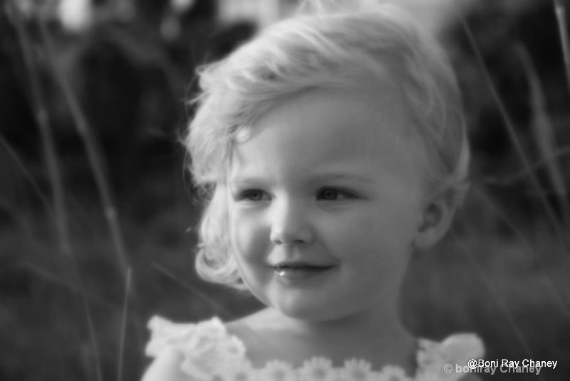 Black and White - ID: 8755657 © BoniRay Chaney
