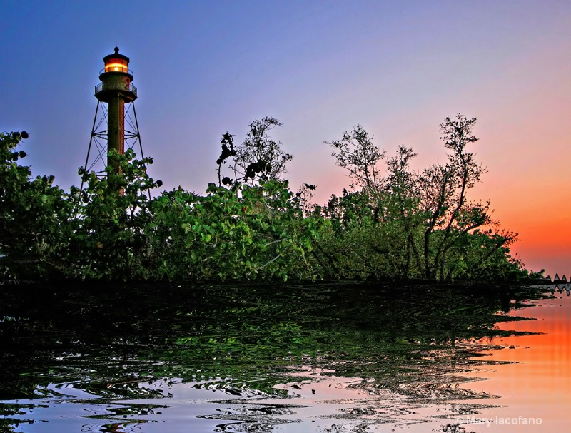 Sanibel Island Lighthouse - ID: 8781900 © Mary Iacofano