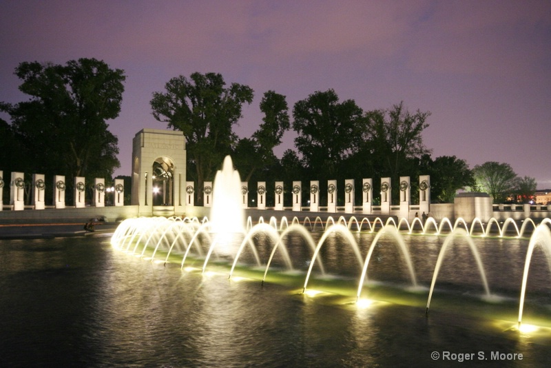 Twilight at the WWII Memorial