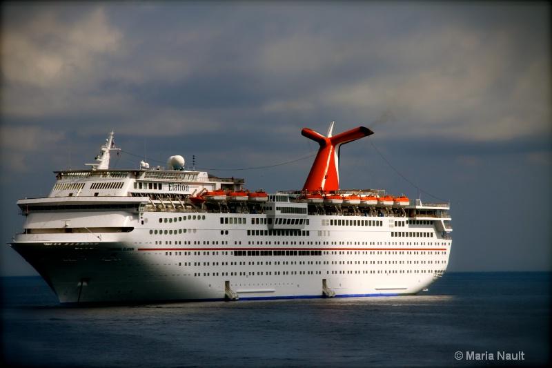 Cruise Ship in Port ~ Catalina Island, CA - ID: 9171211 © Simply  Nonna
